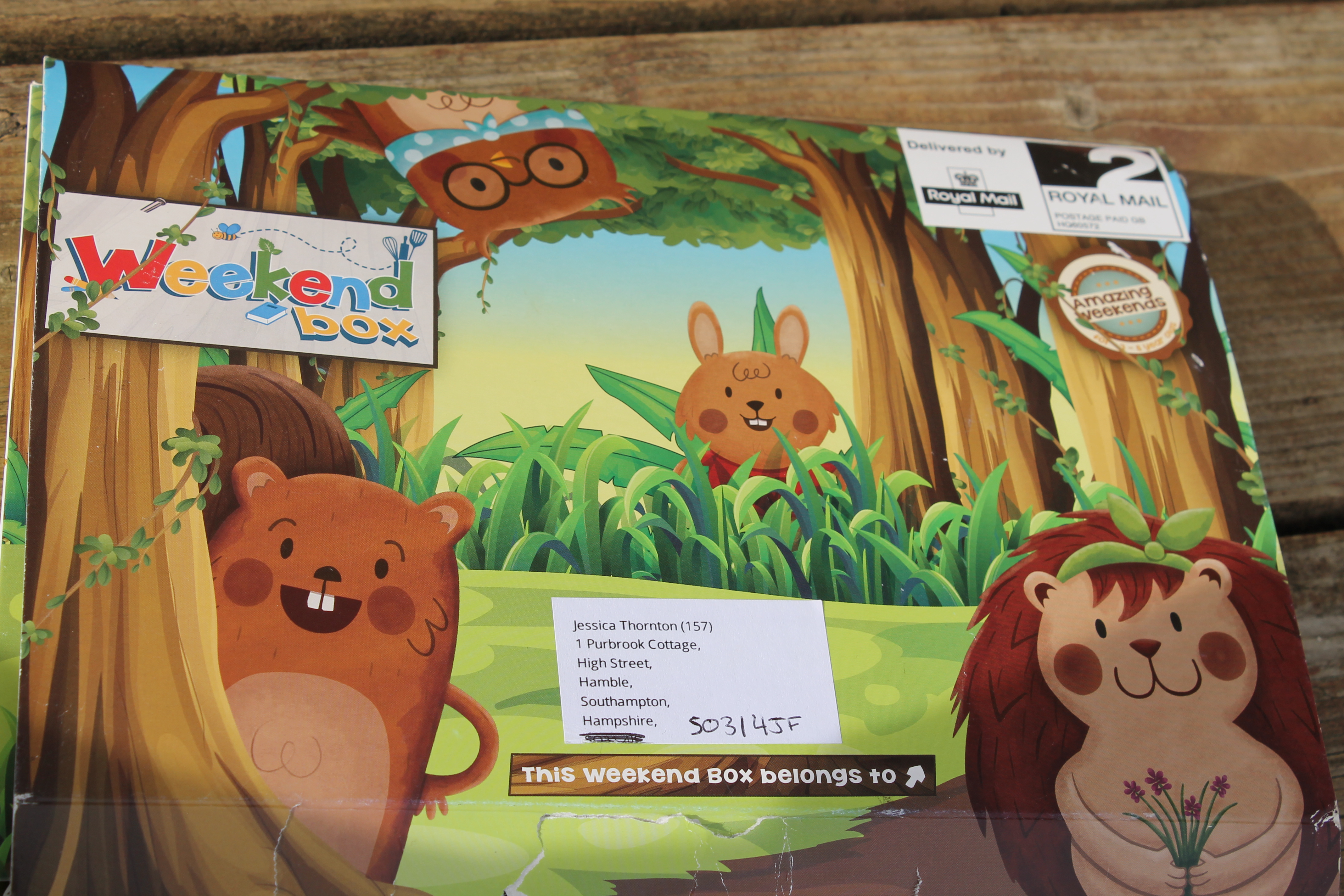 Adventures with Reecey and Sienna – Weekend Box Review