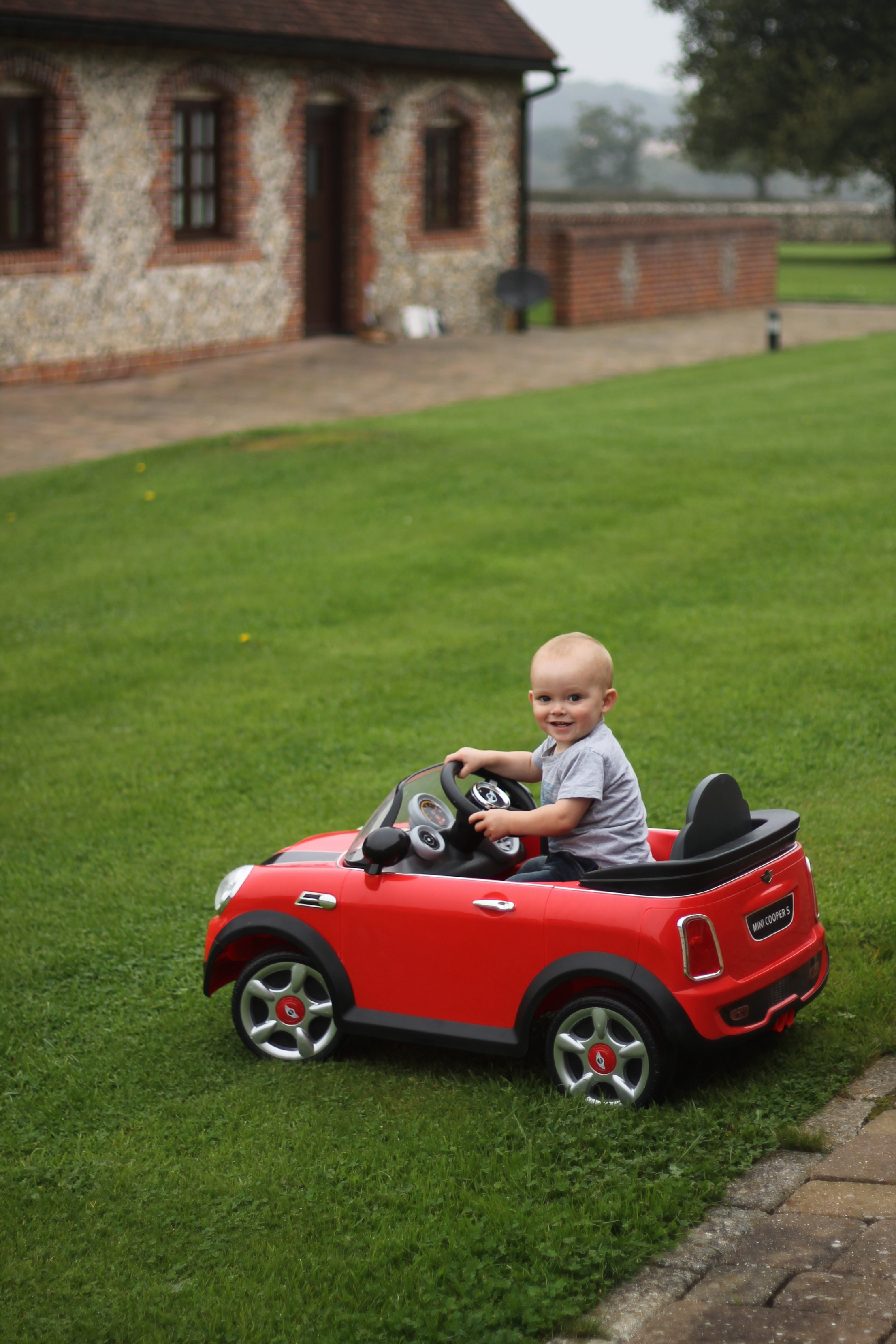 Rhys loves – His Mini Cooper S