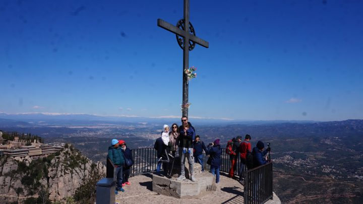 BARCELONA WITH CHILDREN –  MONTSERRAT MOUNTAIN
