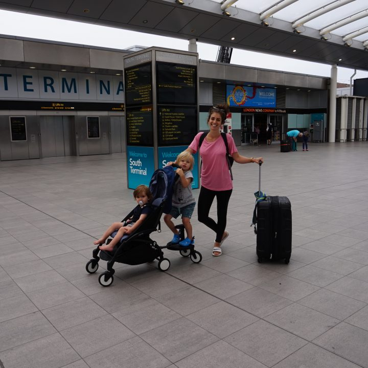 Minimal tips for flying long haul with children